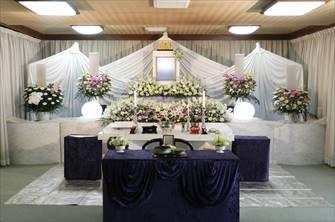 宝泉寺2F祭壇スペース