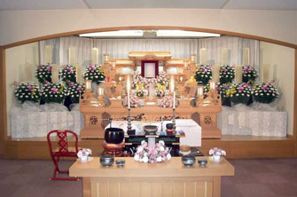 ひので斎場白木祭壇施行例