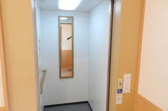 小平サポートセンターエレベーター