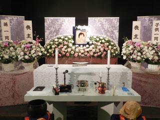 家族葬向け祭壇