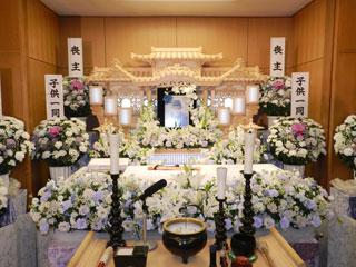 瑞穂斎場祭壇